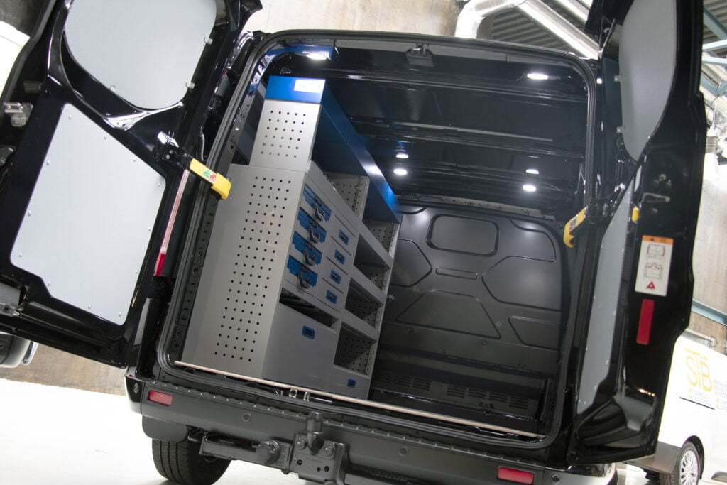 Ford Transit Custom L1H1 service-system foto 1